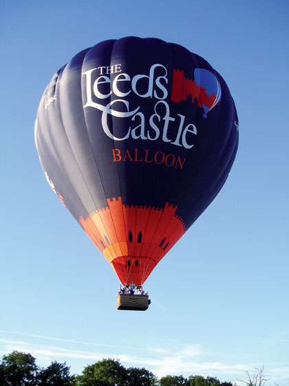 The Leeds Castle balloon from the ground